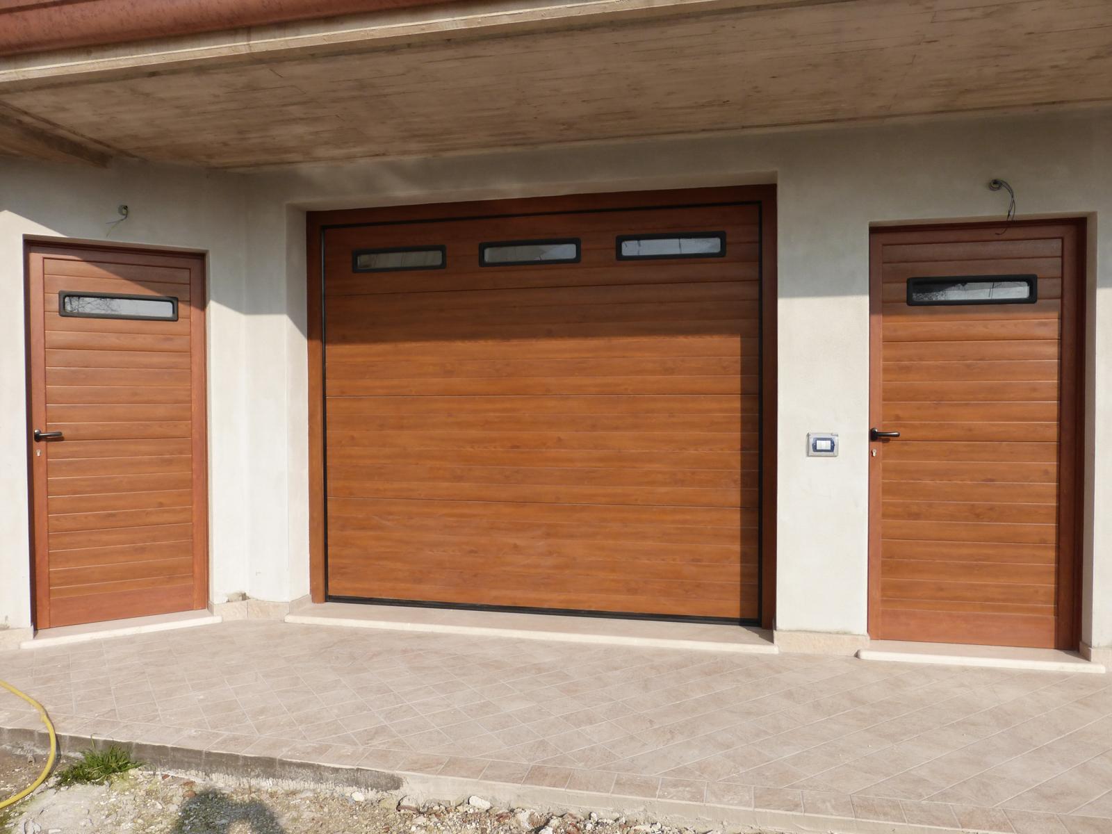 Pannello millerighe porte sezionali basculanti per - Pannello decorativo per porte ...