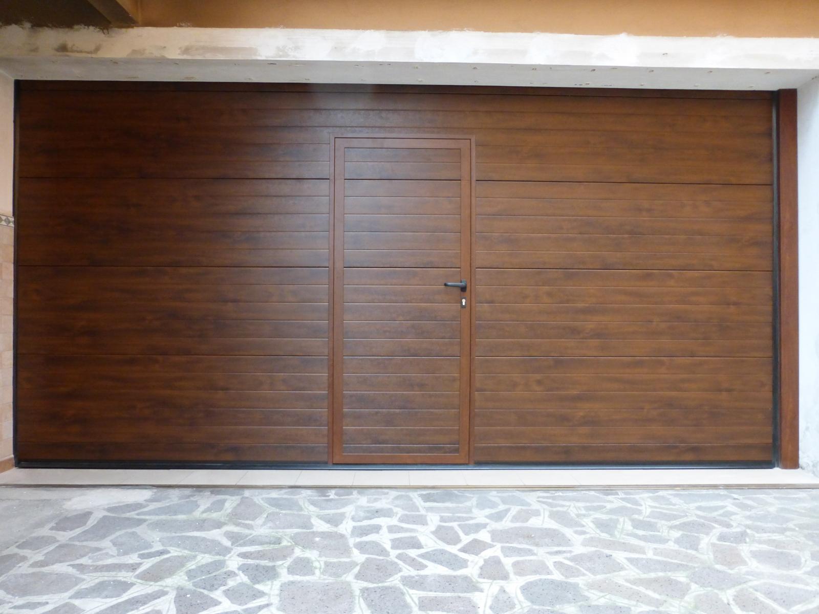 Pannello passo 125 goffrato legno porte sezionali - Pannello decorativo per porte ...